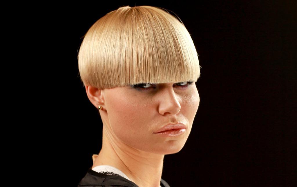 соцсетях позже стрижка на очень редкие волосы фото состав защищает