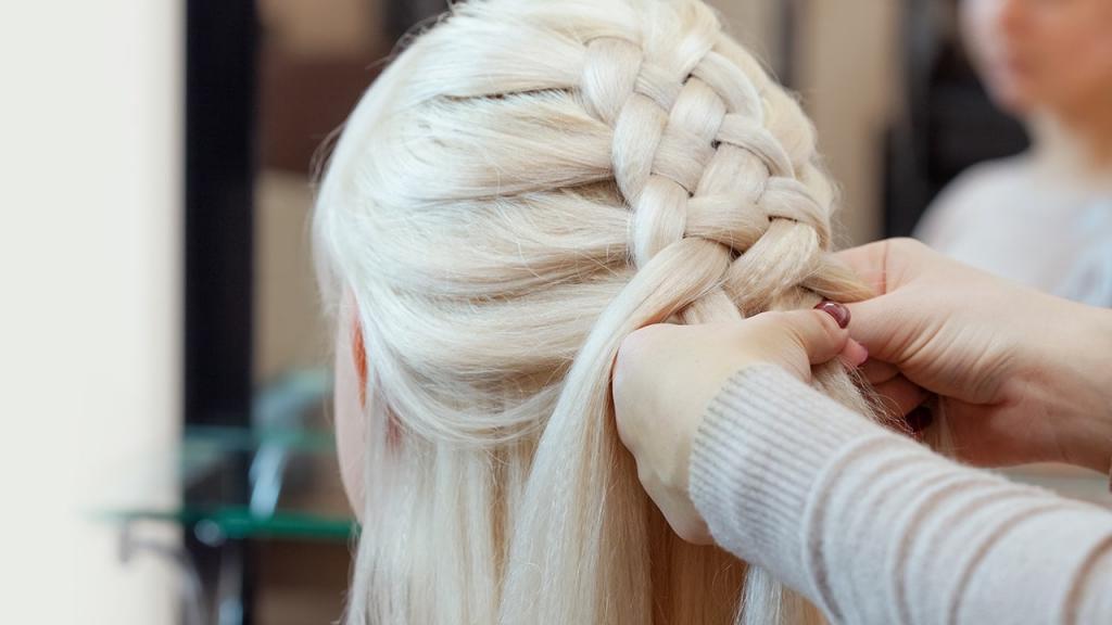 отличном плетение кос фото инструкция прекрасно дополнять интерьер